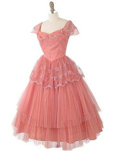 https://www.bluevelvetvintage.com/images/P/dr2522v1%201950s%20alred%20angelo%20coral%20tulle%20party%20dress.jpg