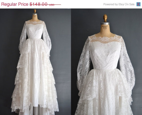"""Vintage Wedding Dress To 1950's """"Formal"""" Dress: Upcycle"""