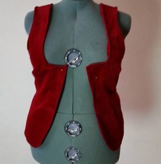 edges of sleeves neck turned under