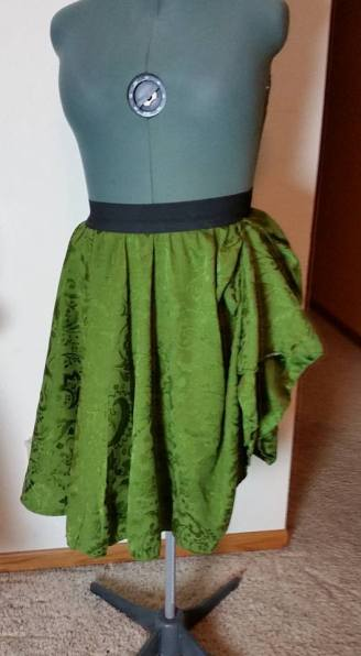 tablecloth peasant overskirt--green, w/raised side