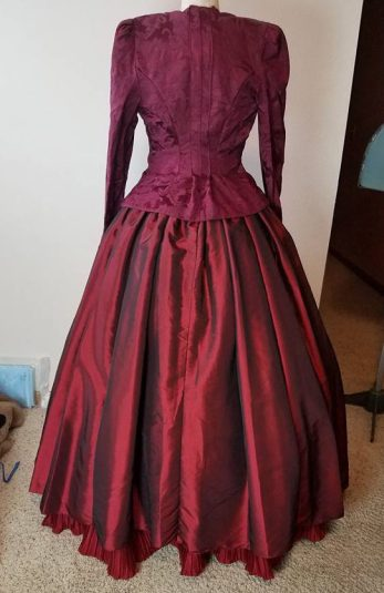 back of market dress