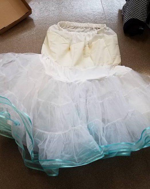 waltz petticoat