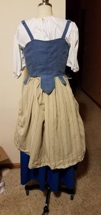 main dress back