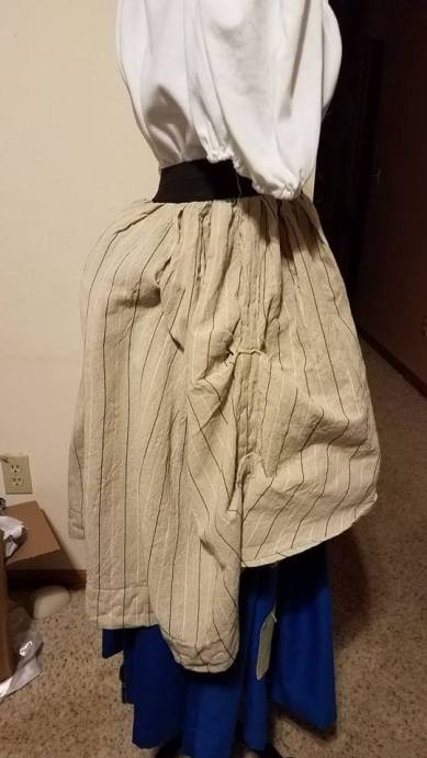 side view of overskirt with bum pad