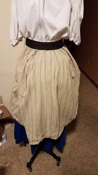 back view of overskirt
