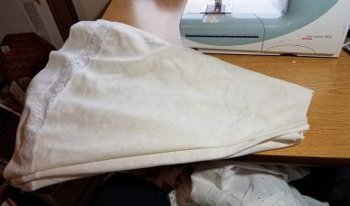 tablecloth cut with hole for waistband