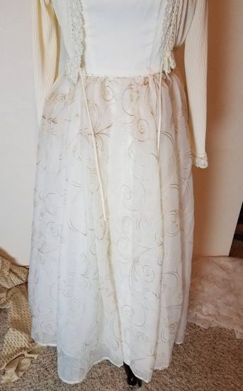 curtain skirt attached