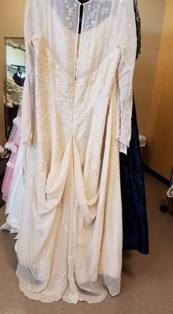 back of dress to wear to the wedding, Cinderella