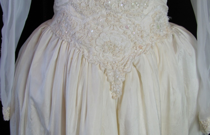 front dipped bodice