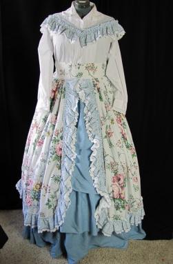 hoop dress front--larger dress form