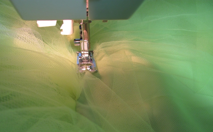squish gathering on rows of tulle