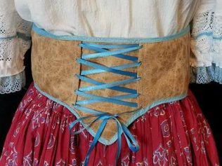 waist belt, trimmed with bias tape