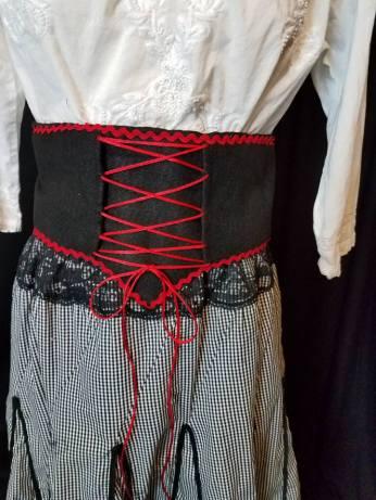 waistband details