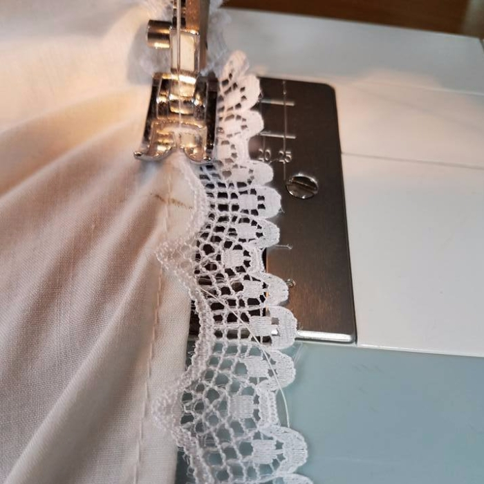 lace to the hem
