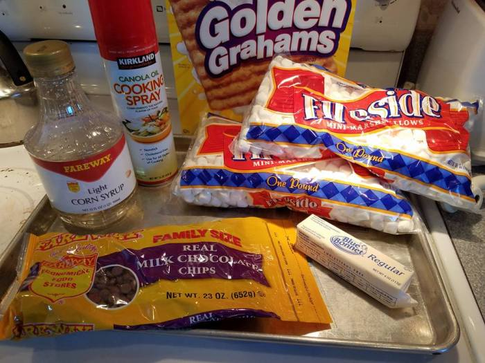 supplies for smores bars