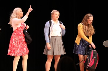 Sharpay, Taylor and Gabriella, opener, HSM