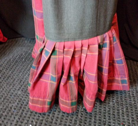 valance pleated to gray skirt