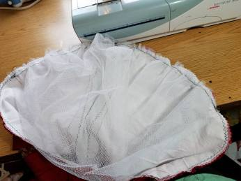 The petticoat net sleeve header