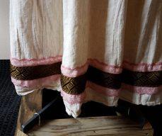 skirt border
