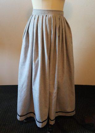 skirt with trim at hem